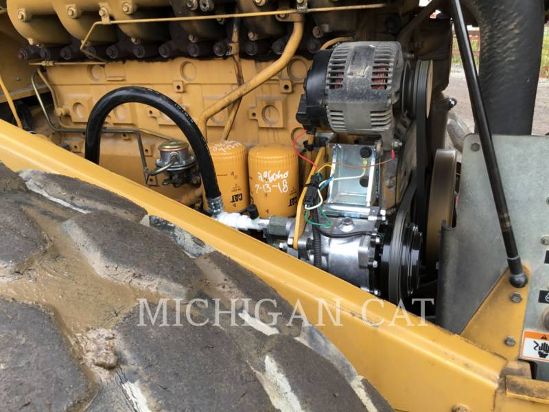 CATERPILLAR VIBRATORY SINGLE DRUM SMOOTH CS-563E equipment  photo 11