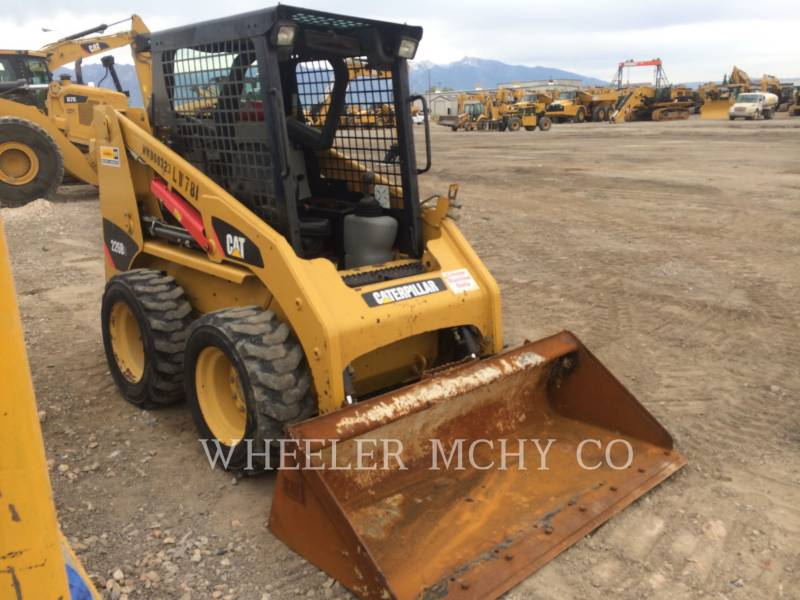 CATERPILLAR MINICARGADORAS 226B3 C1 equipment  photo 1