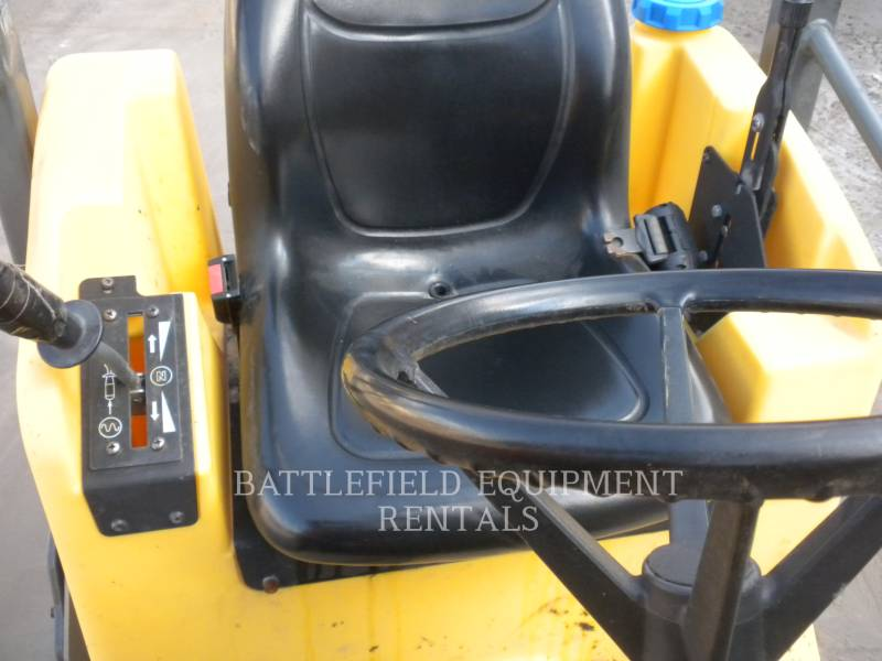 WACKER CORPORATION VIBRATORY DOUBLE DRUM ASPHALT RD12A equipment  photo 11
