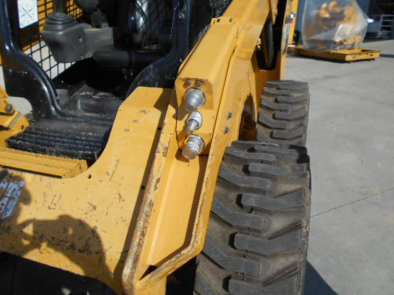 CATERPILLAR MINICARREGADEIRAS 262D equipment  photo 16