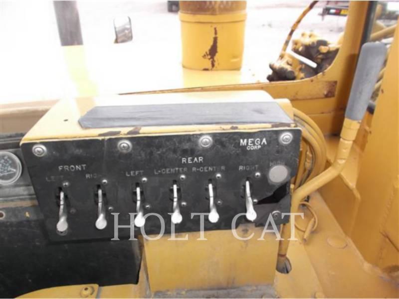 CATERPILLAR WHEEL TRACTOR SCRAPERS 615 equipment  photo 10