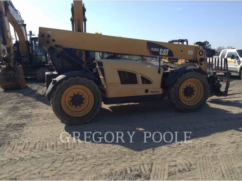 CATERPILLAR TELEHANDLER TL642 equipment  photo 7