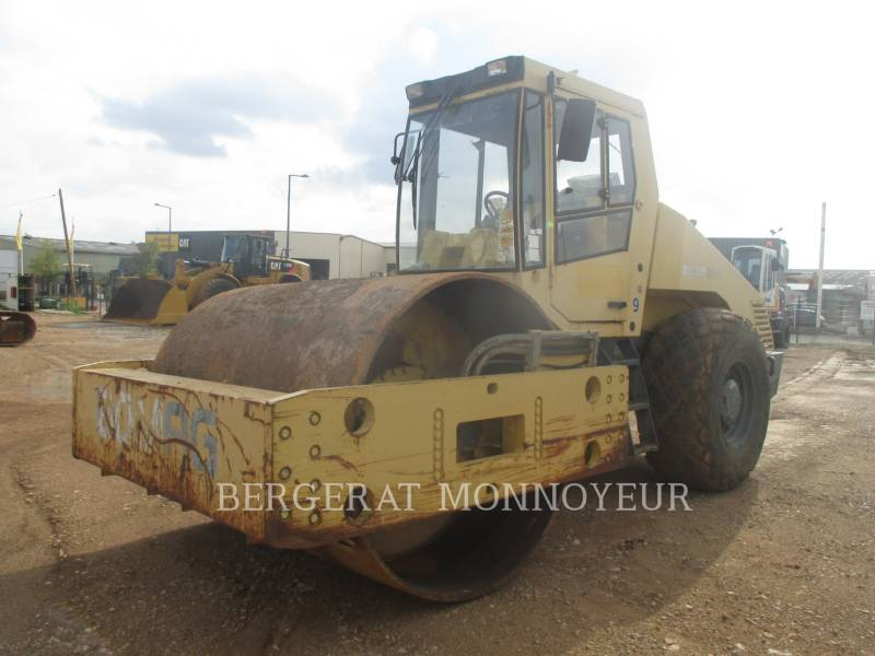BOMAG COMPACTOREN BW219 equipment  photo 2