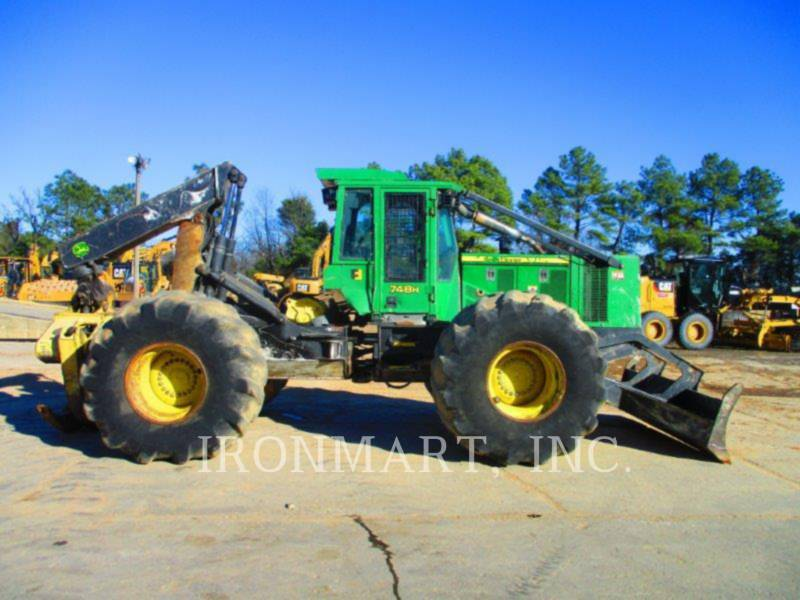 JOHN DEERE FORSTWIRTSCHAFT - HOLZRÜCKER 748H equipment  photo 2