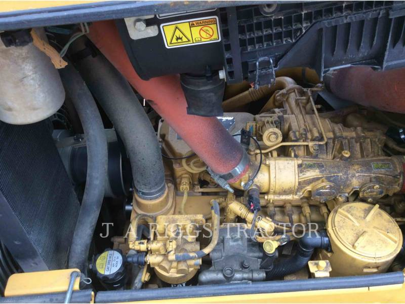 CATERPILLAR TRACK TYPE TRACTORS D6NLGP AG equipment  photo 22