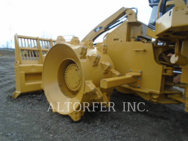 CATERPILLAR TRACTORES TOPADORES DE RUEDAS 826G equipment  photo 5