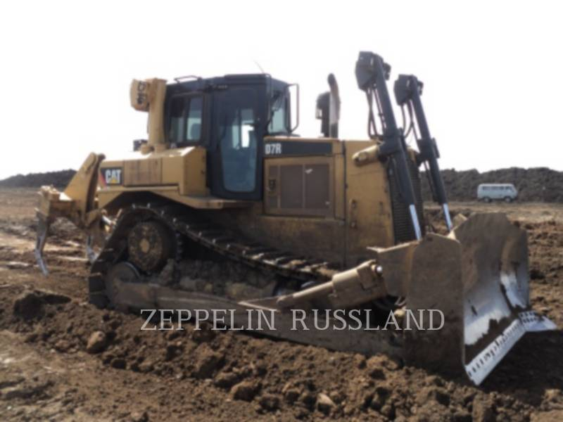 CATERPILLAR TRACK TYPE TRACTORS D 7 R equipment  photo 8