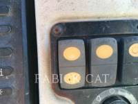 CATERPILLAR TRACTORES DE CADENAS D6T XL equipment  photo 8