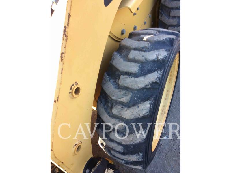 CATERPILLAR MINICARGADORAS 226B2 equipment  photo 16