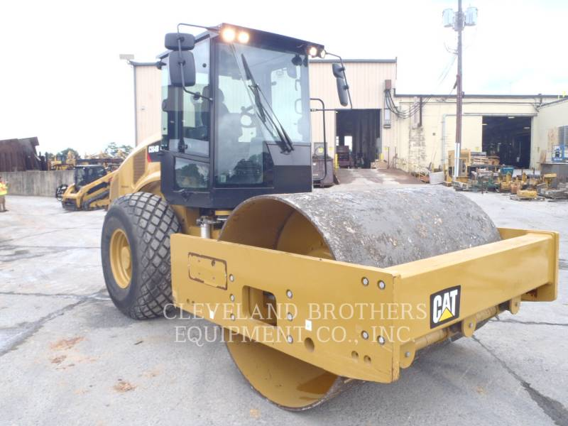 CATERPILLAR COMPACTEUR VIBRANT, MONOCYLINDRE LISSE CS64B equipment  photo 1