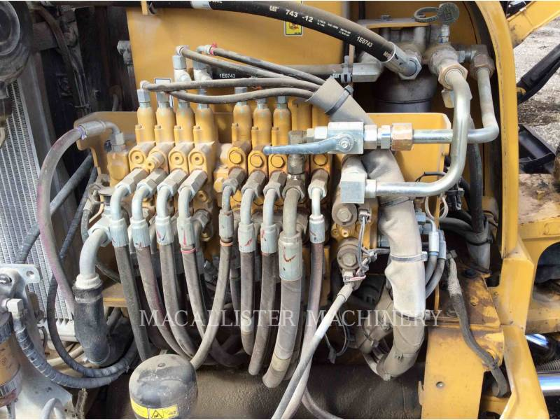 CATERPILLAR EXCAVADORAS DE CADENAS 305.5E equipment  photo 10