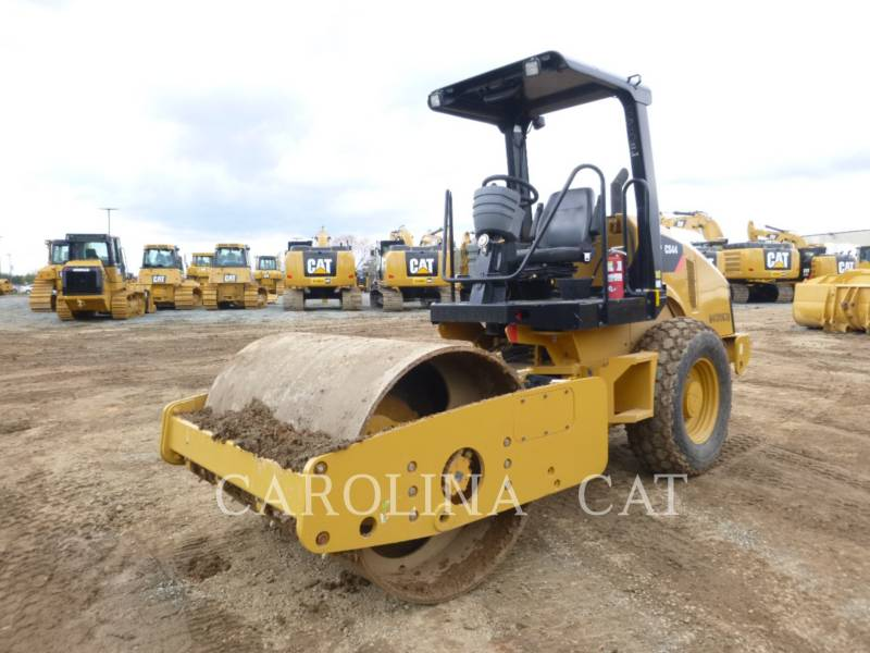 CATERPILLAR VIBRATORY TANDEM ROLLERS CS44 equipment  photo 4