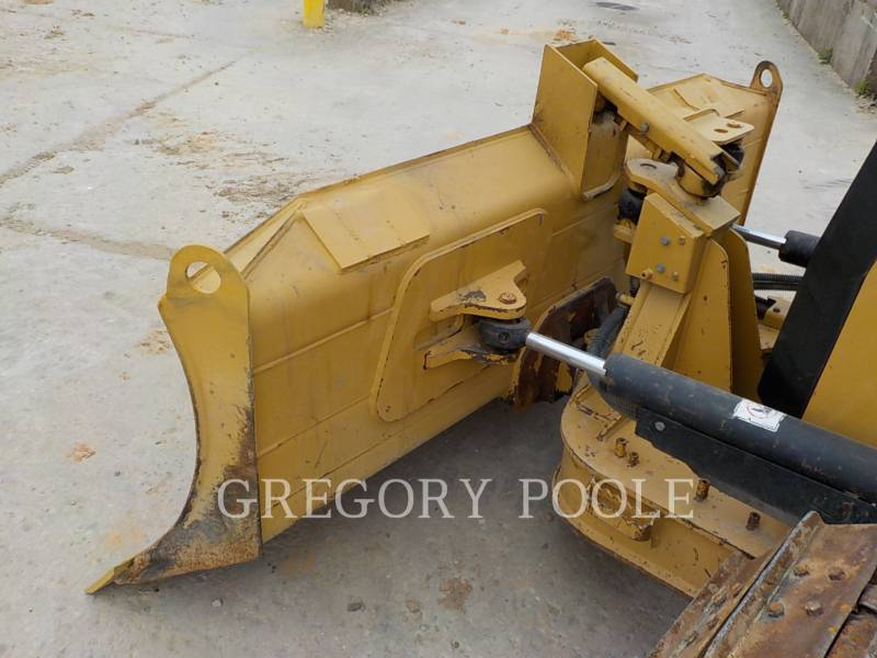 CATERPILLAR TRACK TYPE TRACTORS D3K2 XL equipment  photo 8