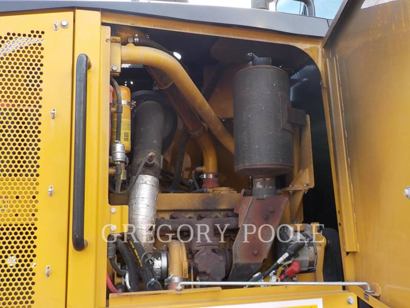 CATERPILLAR MOTOR GRADERS 12M equipment  photo 17