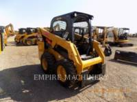CATERPILLAR KOMPAKTLADER 226D equipment  photo 1