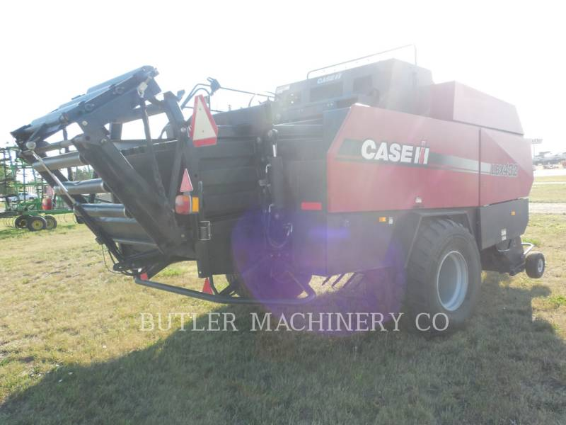 CASE/INTERNATIONAL HARVESTER 農業用集草機器 LBX432 equipment  photo 3
