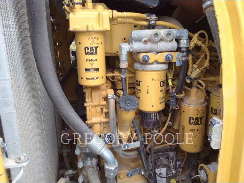 CATERPILLAR KETTENLADER 953D equipment  photo 13