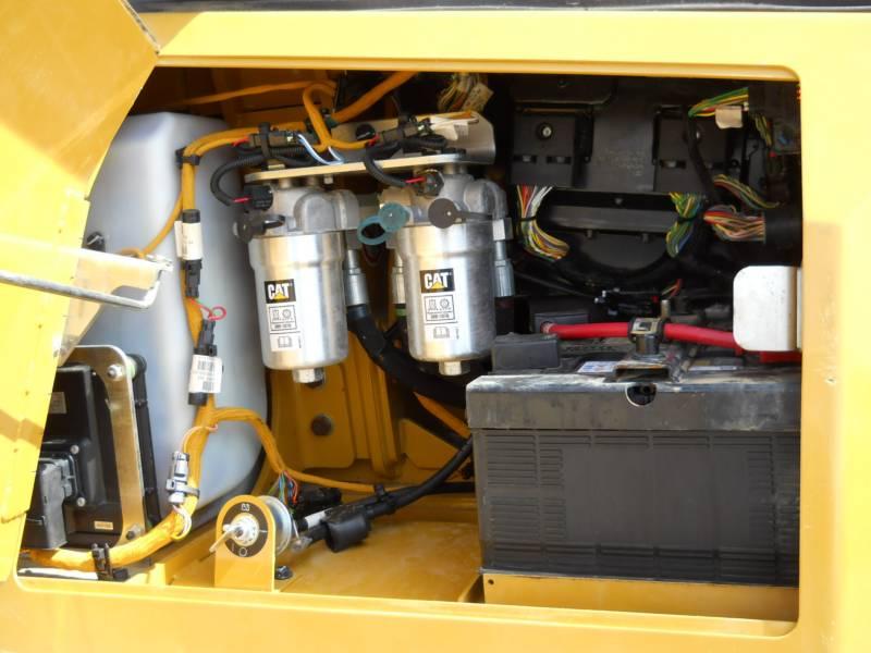 CATERPILLAR TRACK TYPE TRACTORS D6K2LGP equipment  photo 17