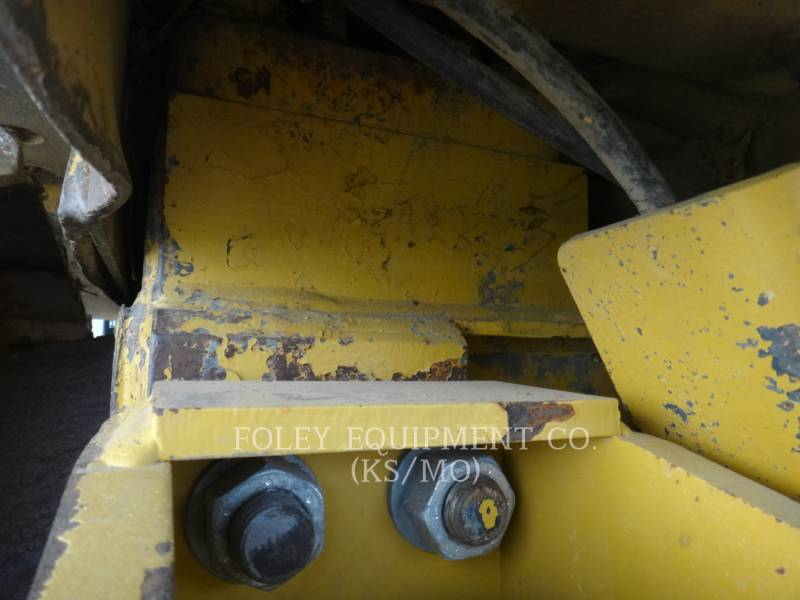 CATERPILLAR TRACK TYPE TRACTORS D6HIIXL equipment  photo 19