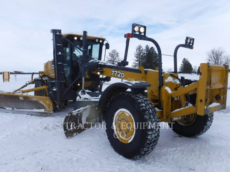 JOHN DEERE MOTOR GRADERS 772D equipment  photo 1