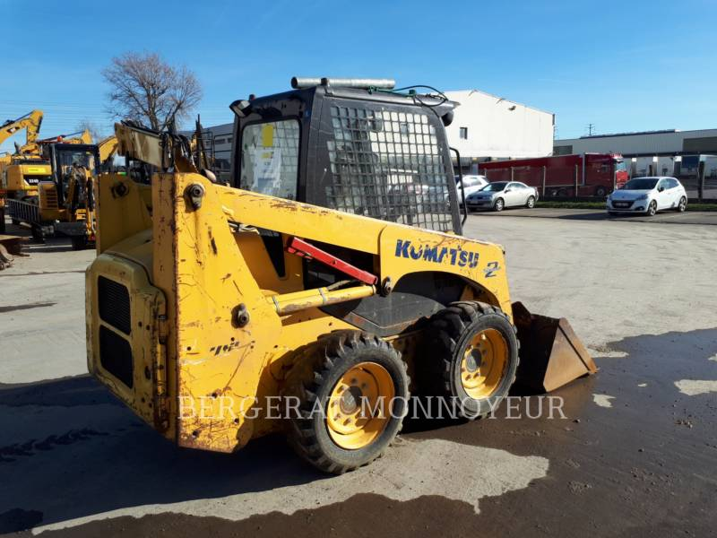 KOMATSU SKID STEER LOADERS SK714 equipment  photo 3