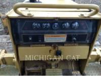 CATERPILLAR TRACK TYPE TRACTORS D3CL HST equipment  photo 12