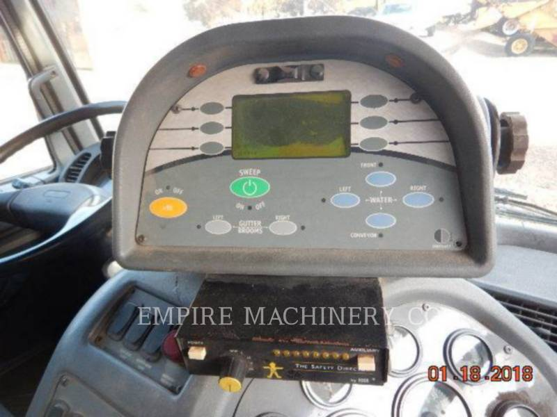 GMC AUTRES T7500 equipment  photo 12