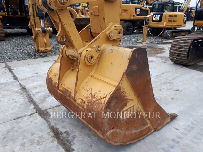 CATERPILLAR KETTEN-HYDRAULIKBAGGER 323E equipment  photo 6