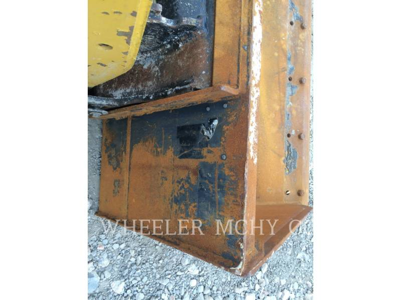CATERPILLAR MINICARGADORAS 226B3 C1 equipment  photo 4