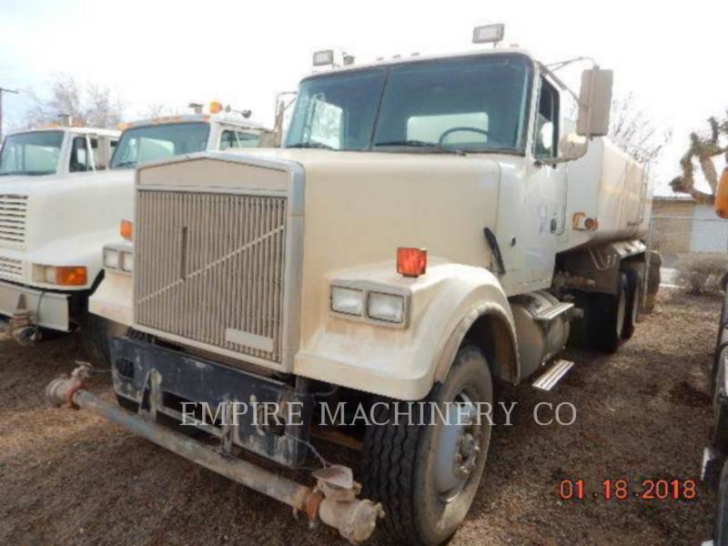 VOLVO CONST. EQUIP. NA, INC. CAMIONS CITERNE A EAU 4K TRUCK equipment  photo 8