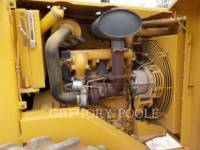 CATERPILLAR COMPACTEUR VIBRANT, MONOCYLINDRE À PIEDS DAMEURS CP-433C equipment  photo 5