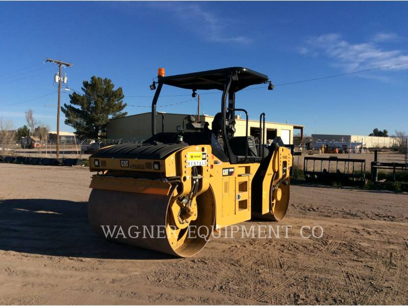 CATERPILLAR COMPACTEURS TANDEMS VIBRANTS CB54B equipment  photo 3