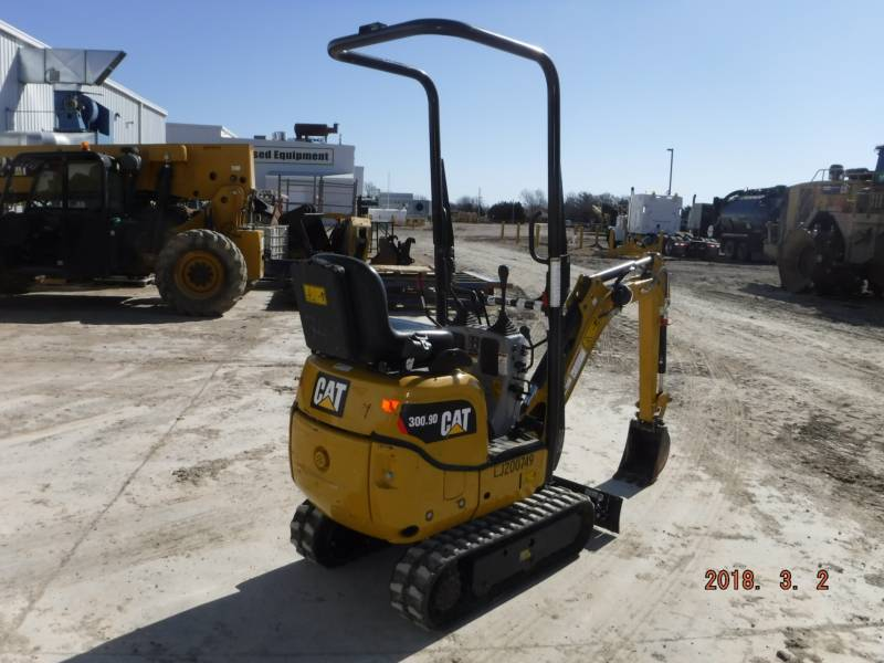 CATERPILLAR トラック油圧ショベル 300.9D equipment  photo 3