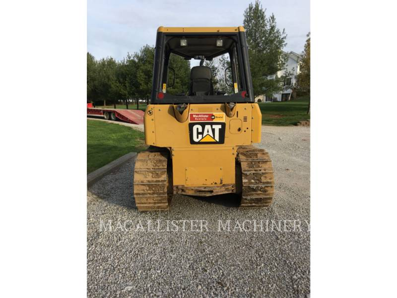 CATERPILLAR TRACK TYPE TRACTORS D4KXL equipment  photo 2