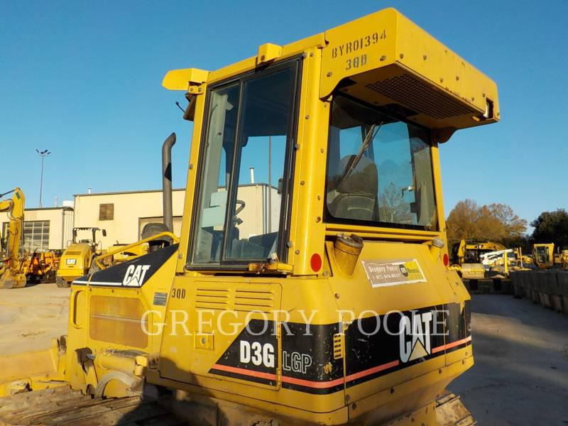 CATERPILLAR KETTENDOZER D3G equipment  photo 10