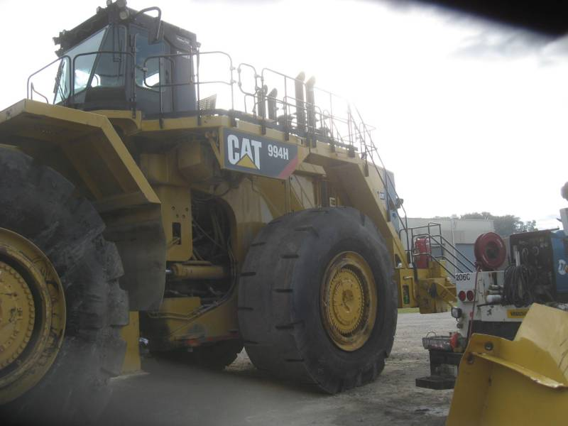 CATERPILLAR CHARGEURS SUR PNEUS MINES 994H equipment  photo 4