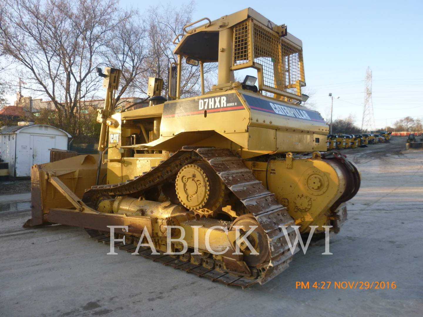 Detail photo of 1987 Caterpillar D7H from Construction Equipment Guide