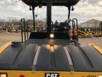 CATERPILLAR TANDEMVIBRATIONSWALZE, ASPHALT CB54B equipment  photo 16