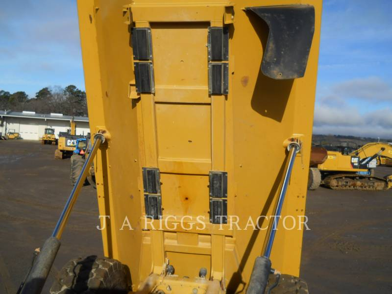 CATERPILLAR TOMBEREAUX ARTICULÉS 740B equipment  photo 20
