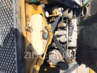 DEERE & CO. CHARGEURS TOUT TERRAIN 323D equipment  photo 6