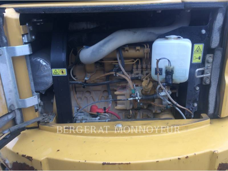 CATERPILLAR TRACK EXCAVATORS 305E CR equipment  photo 7