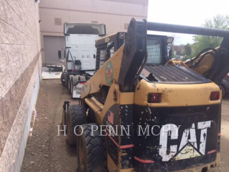 CATERPILLAR MINICARGADORAS 252B equipment  photo 3