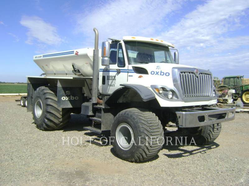 INTERNATIONAL TRUCKS FLOATERS 7400 FLOATER TRUCK equipment  photo 2