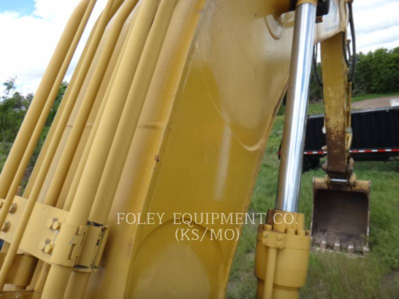 CATERPILLAR TRACK EXCAVATORS 330DL equipment  photo 14