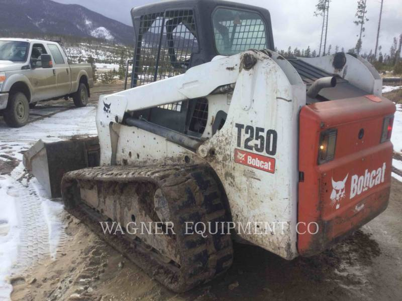 BOBCAT スキッド・ステア・ローダ T250 equipment  photo 2