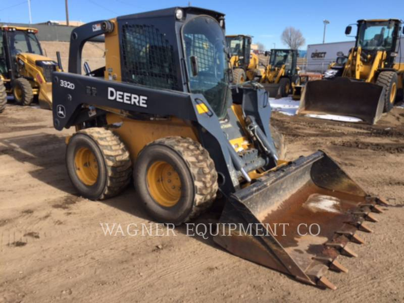 DEERE & CO. CHARGEURS COMPACTS RIGIDES 332D equipment  photo 2