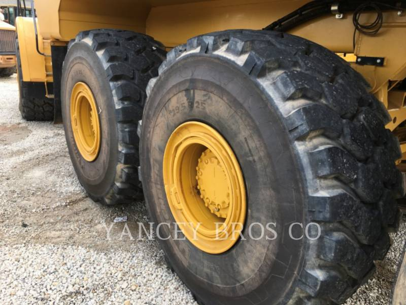 CATERPILLAR CAMIONES ARTICULADOS 740 WT equipment  photo 9