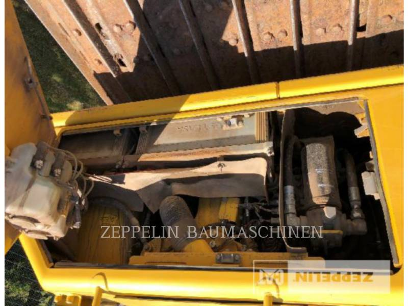 KOMATSU LTD. KETTENDOZER D65PX-17 equipment  photo 16