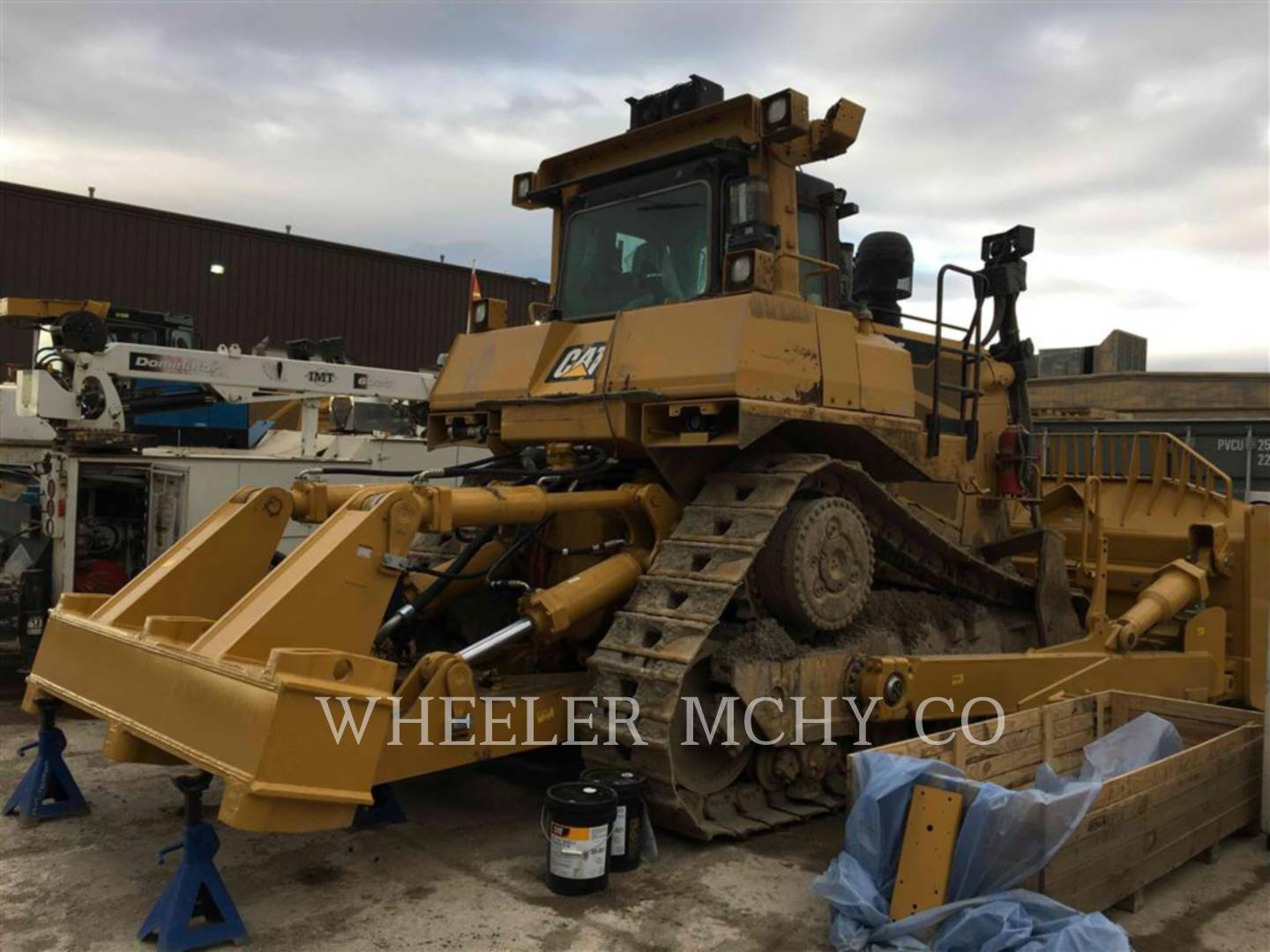 Detail photo of 2014 Caterpillar D9T from Construction Equipment Guide