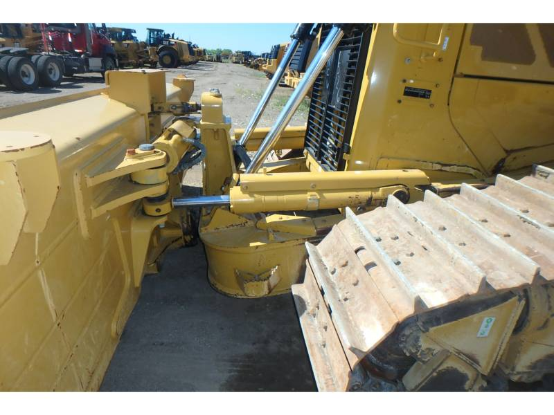 CATERPILLAR TRACK TYPE TRACTORS D6TXWVP equipment  photo 10